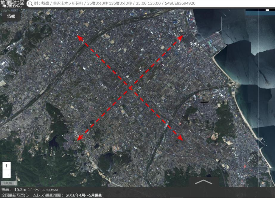出典:国土地理院ウェブサイトより作成   地形の軸に合わせて約45度角度が振れている今治の条理